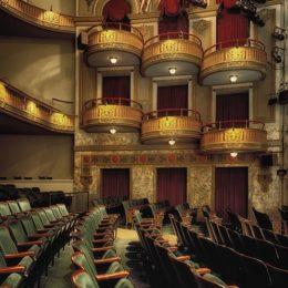 wells-theatre-210914_640